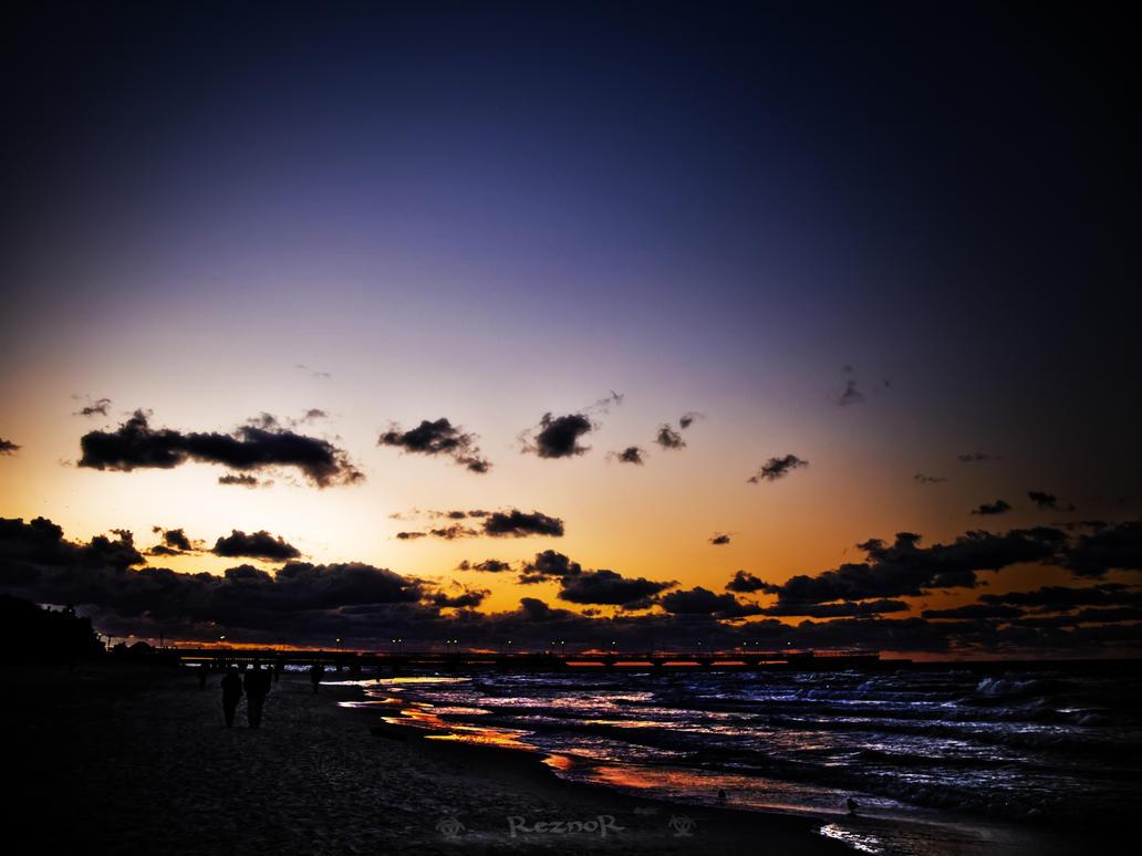 Bright SunSet by reznor666