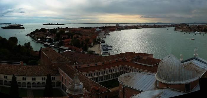 Giudecca Venezia by AshleyBovan
