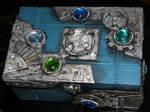 Bejeweled box - top