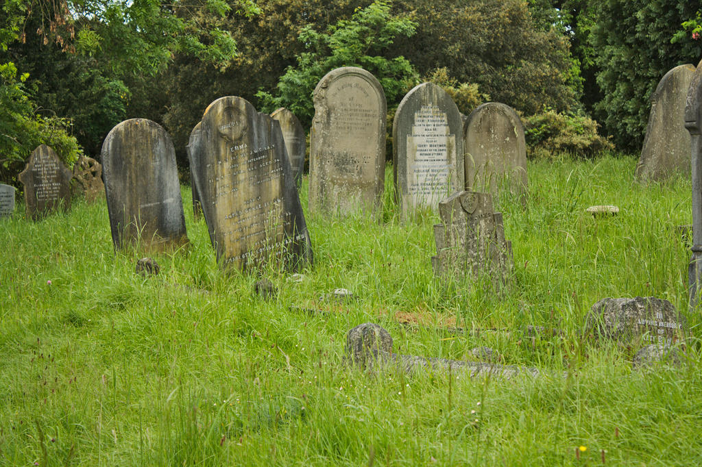 Graveyard_2014-06_0008 by akio-stock