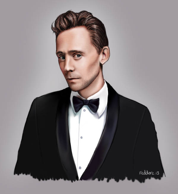 Tom Hiddleston by redderz