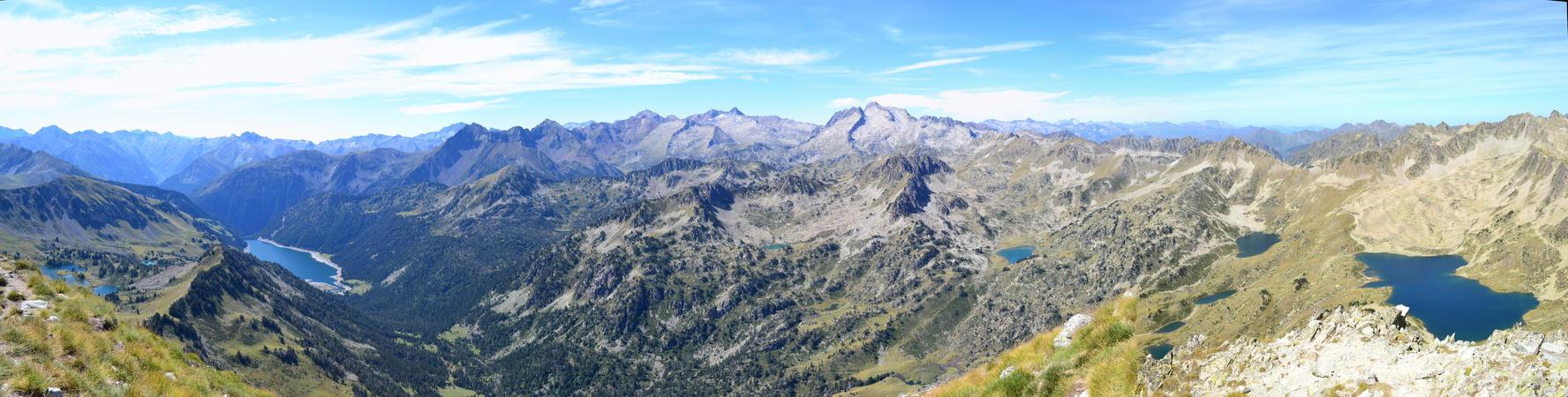 Panorama - Pic de Bastan by Aude-la-randonneuse