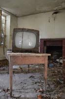 Somewhere - Old TV by Aude-la-randonneuse