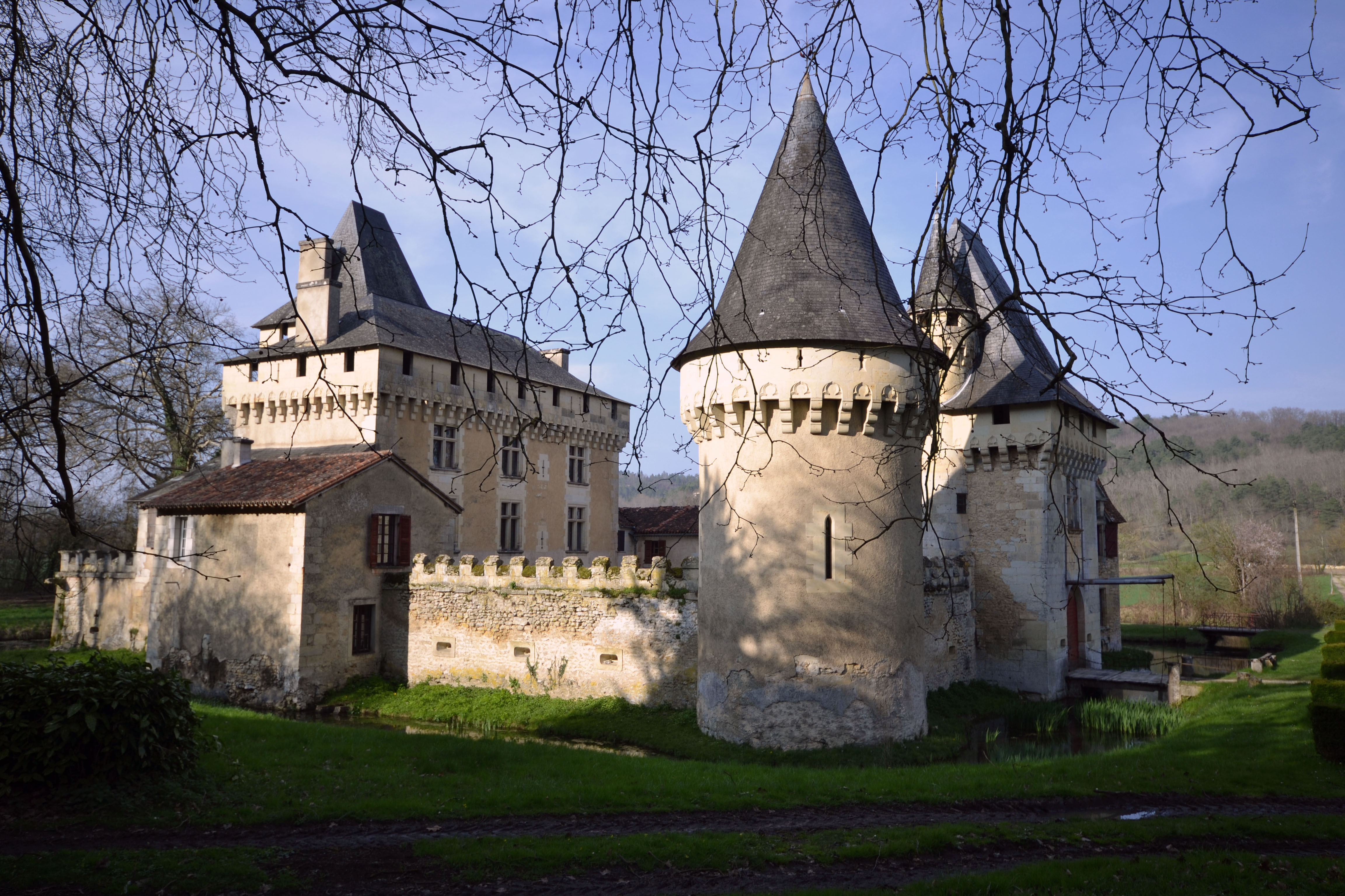 Un chateau by Aude-la-randonneuse