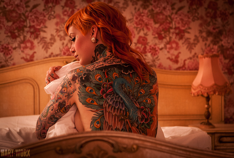 Фото красивой рыжей девушки со спины 12 фотография