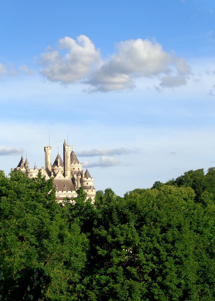 Camelot - Chateau de Pierrefonds June 2015 12 by MorgainePendragon