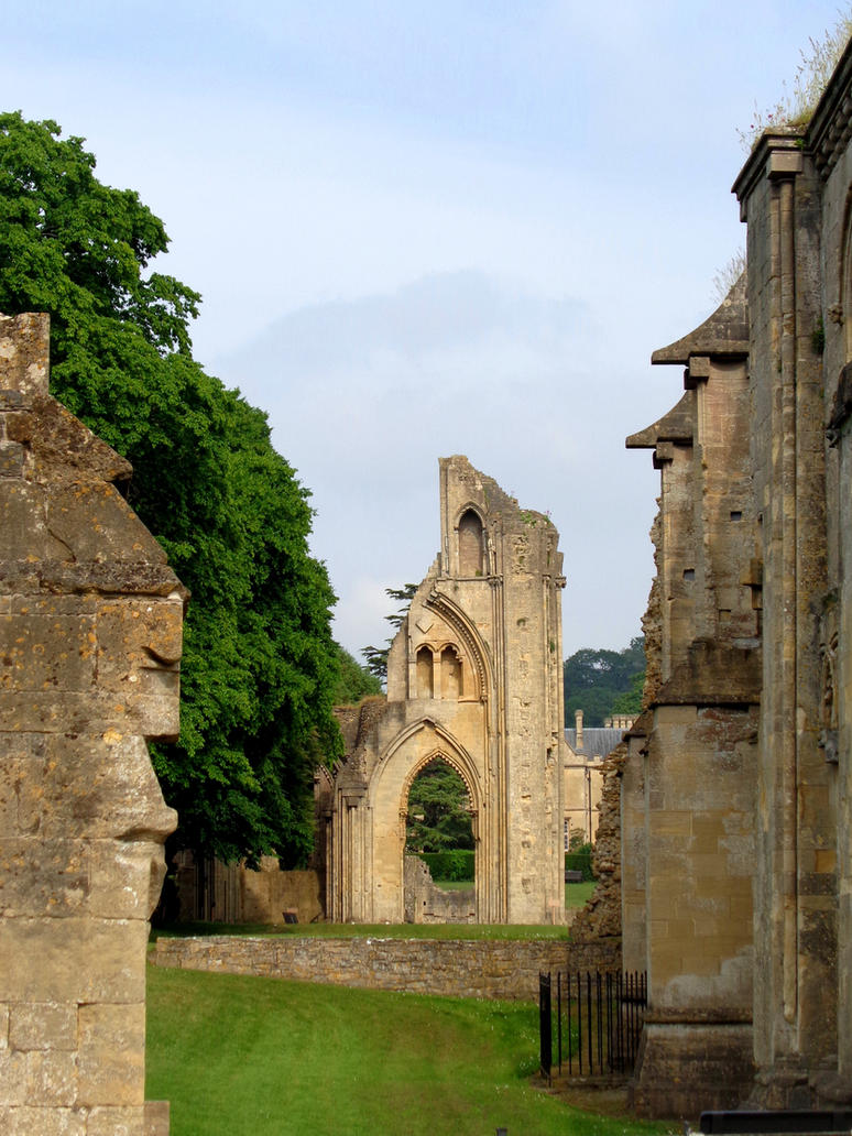 Glastonbury Abbey 4 - June 2016 by MorgainePendragon