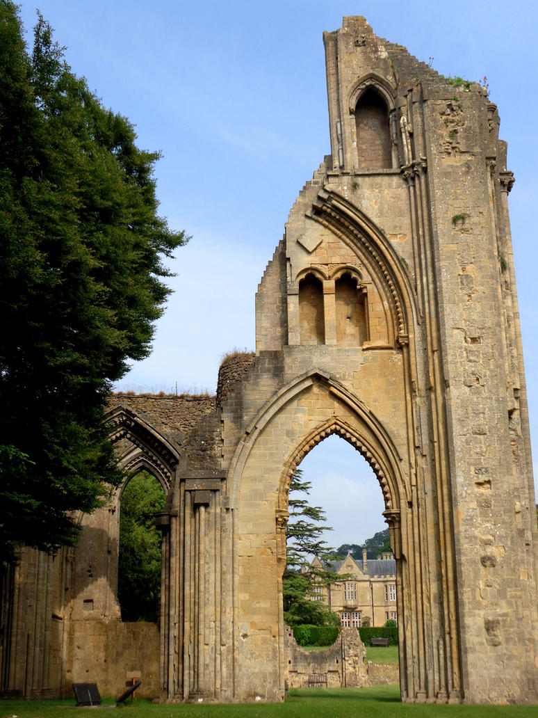 Glastonbury Abbey 6 - June 2016 by MorgainePendragon
