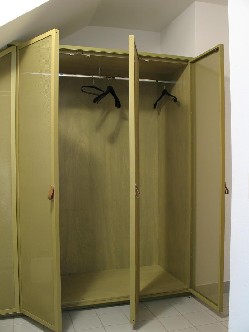 vorzimmer holz stahl 03 by moebelbau on deviantart. Black Bedroom Furniture Sets. Home Design Ideas