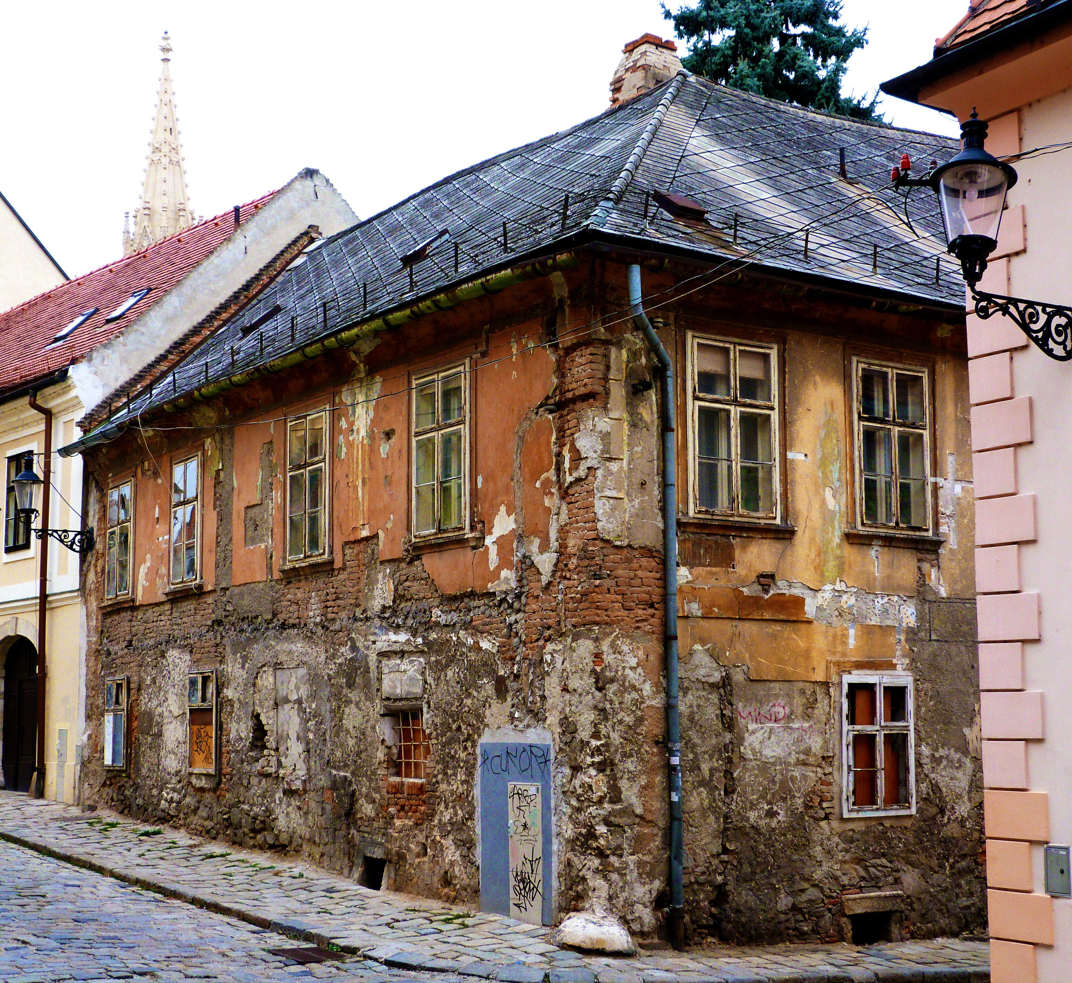 Singles in Bratislava
