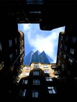 glass house by GRAFFITALL