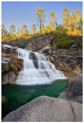 Tahity Falls by capitaodomato111