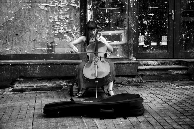 cello... by ozcann