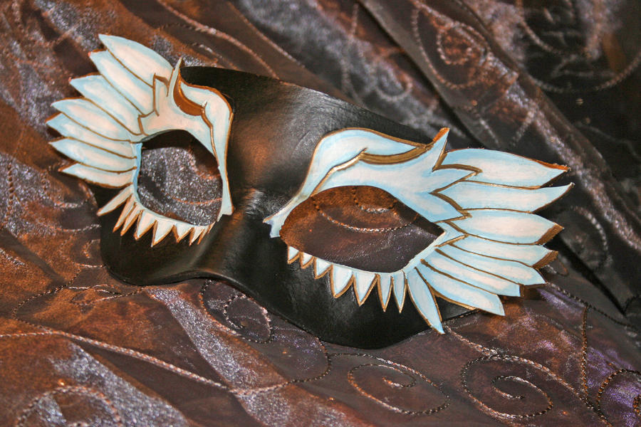 Seraph Mask by ToTheMask