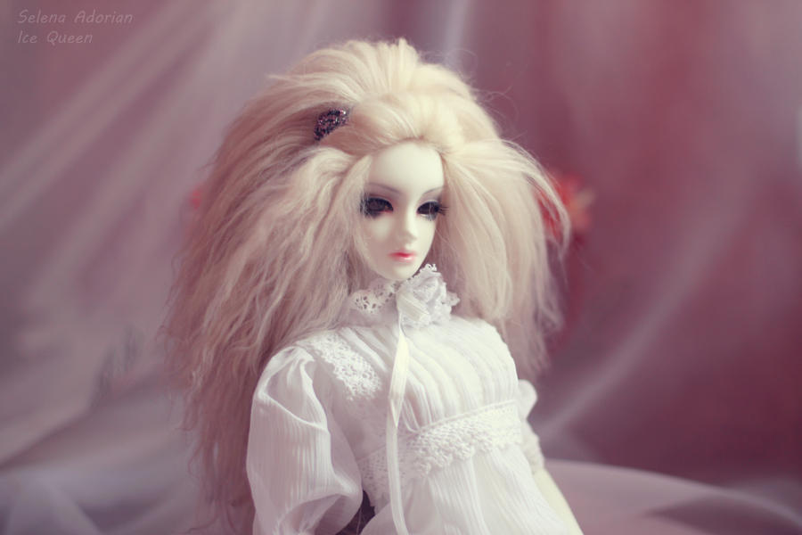 my angel by SelenaAdorian
