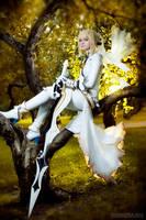 Gold sun - Saber bride cosplay by SelenaAdorian