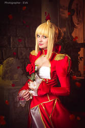 Red rose for Red Empreror Saber/extra from Fate/ex