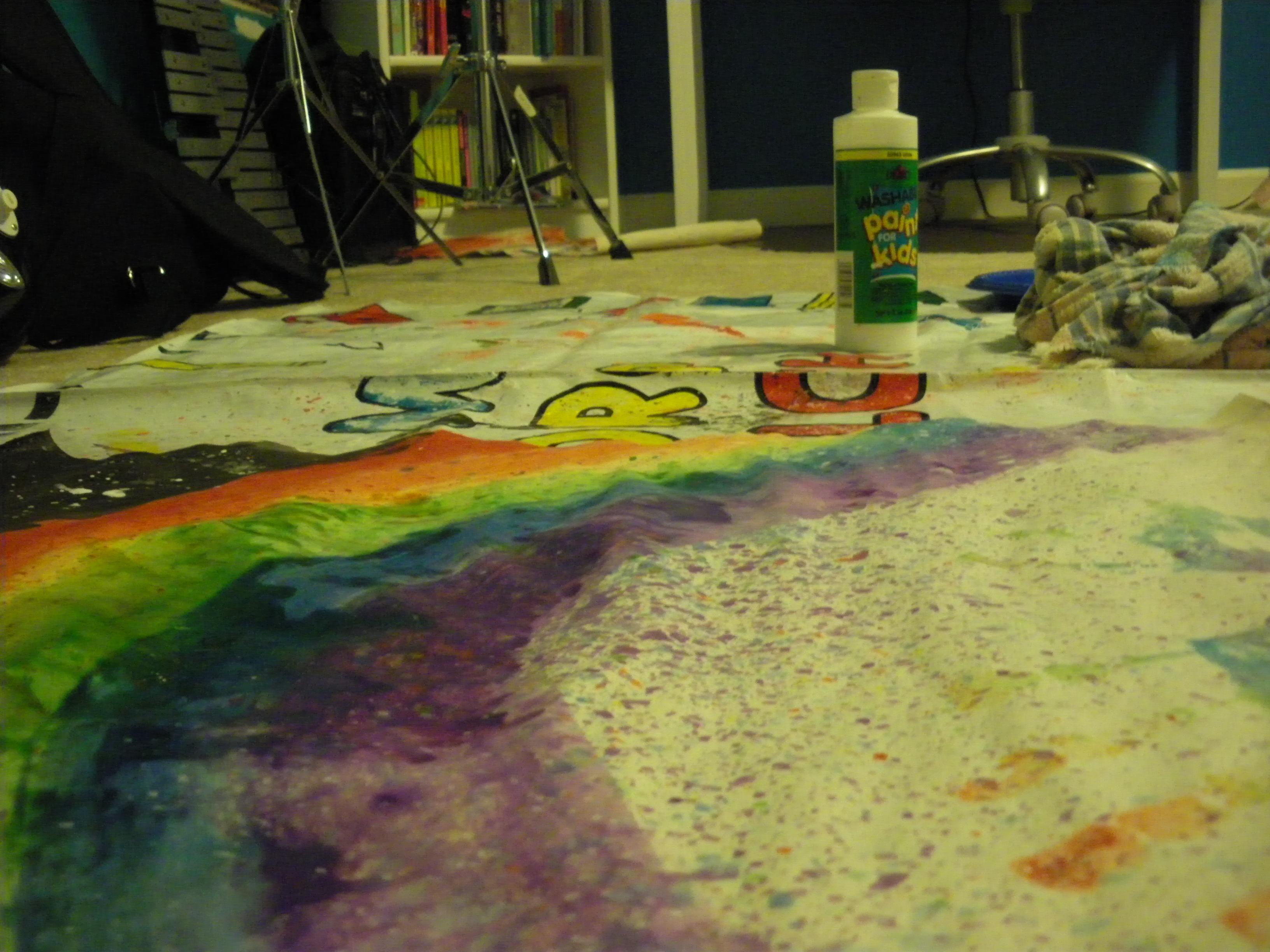 http://fc08.deviantart.net/fs71/f/2010/009/c/0/My_Workspace_by_Rosieanime.jpg
