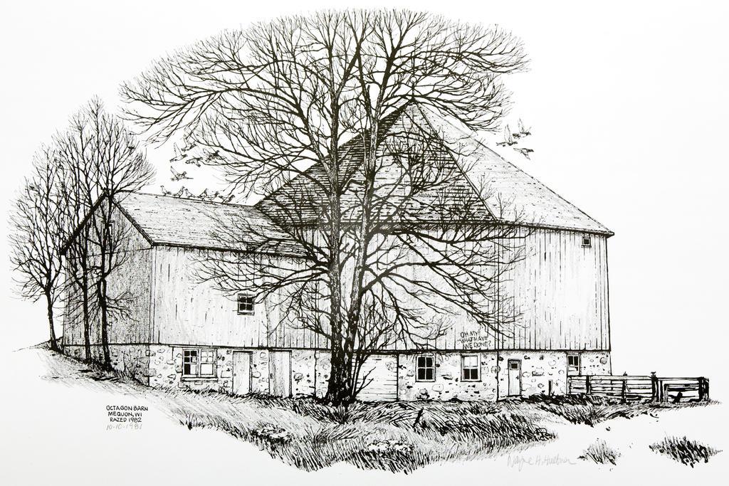 Octagon Barn - 1981 by WayneHuebner