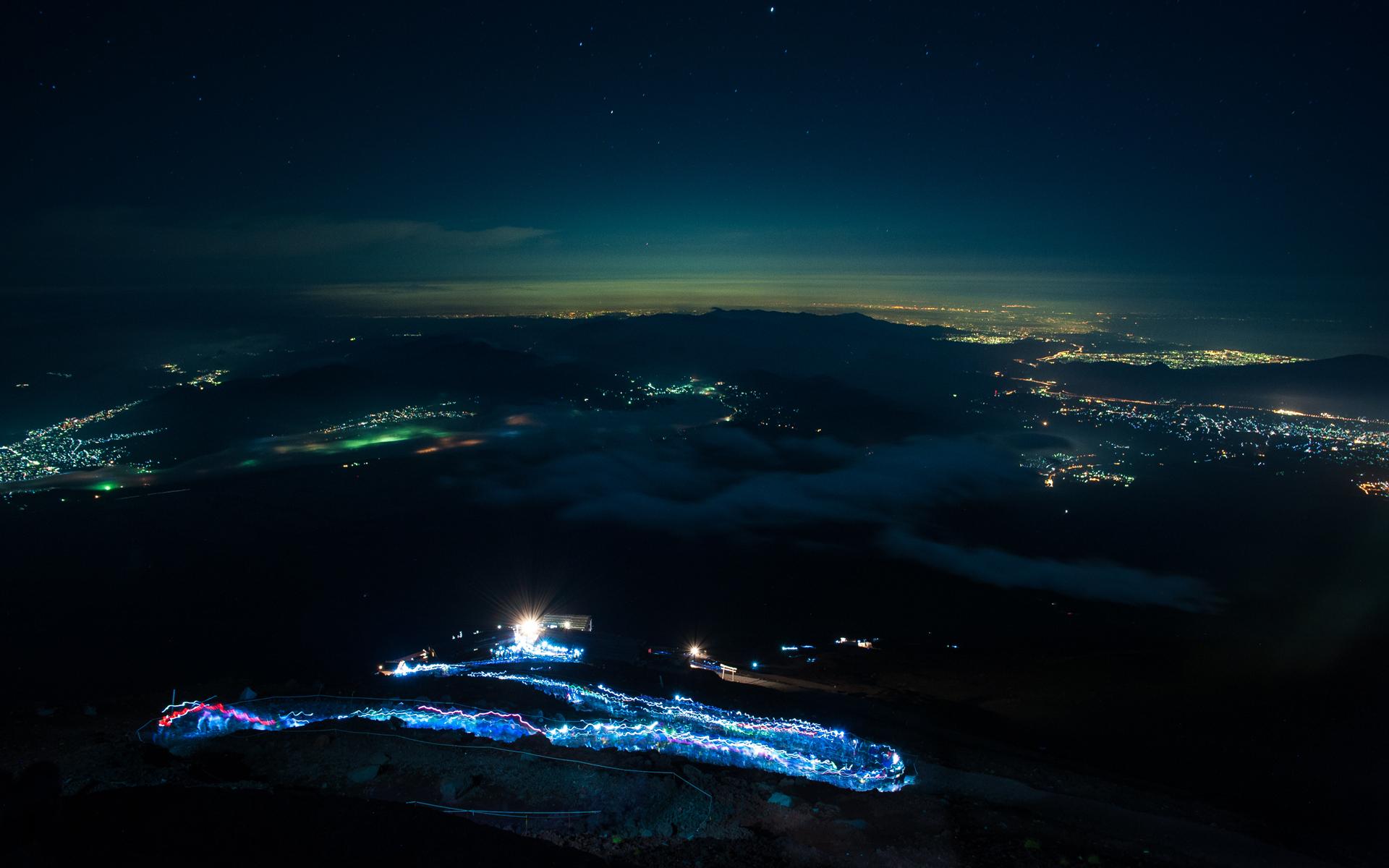 Night Climb by burningmonk