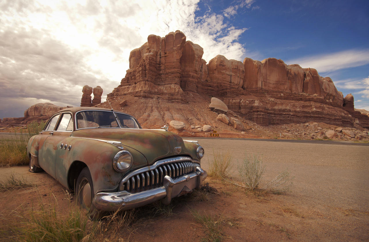 Desert Buick by RollingFishays
