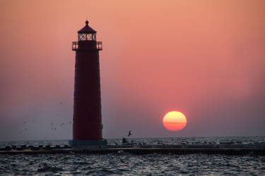 Grand Haven Sunset 2 by RollingFishays