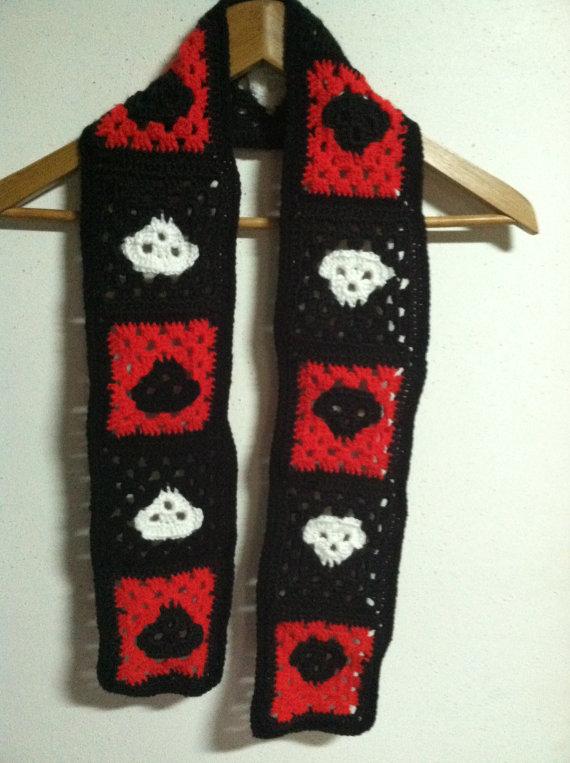 Knitting Pattern Skull Scarf : Crochet Skull Scarf by LunarIceDragon on deviantART