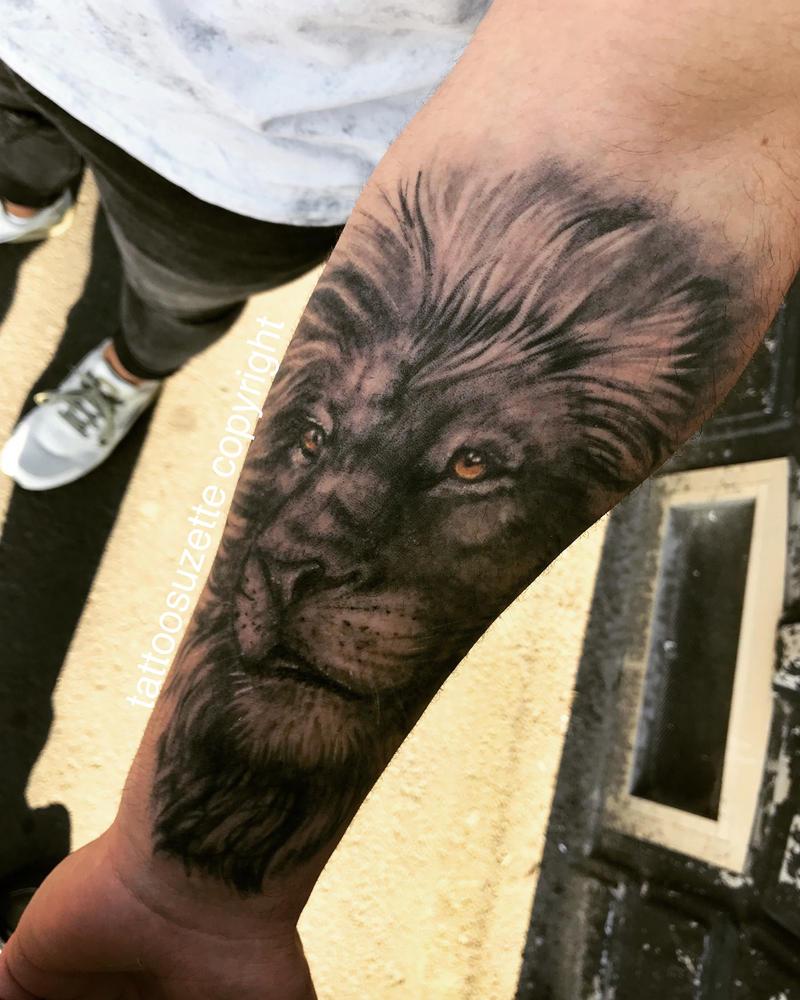 Tatouage Avant Bras Lion Kolorisse Developpement