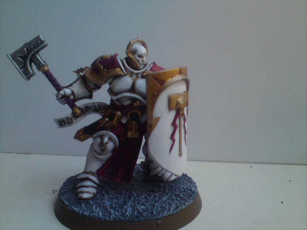 stormcast eternal with white colour scheme by Tomstormcrow