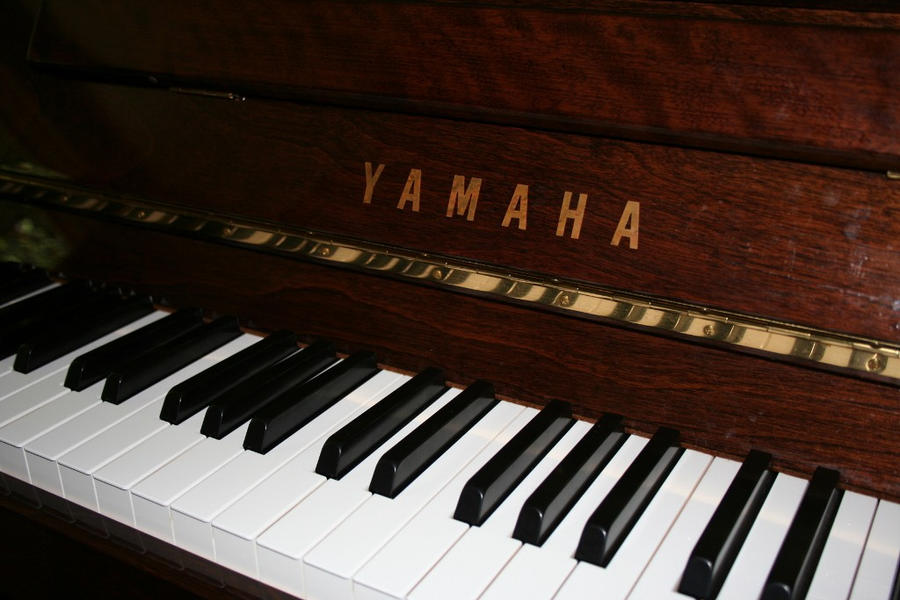 Buy Yamaha Piano Motice