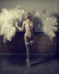 Burlesque Star by HaLoTrAcTiOn
