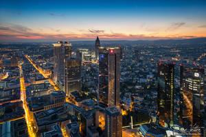 The gold veins of Frankfurt by LinsenSchuss