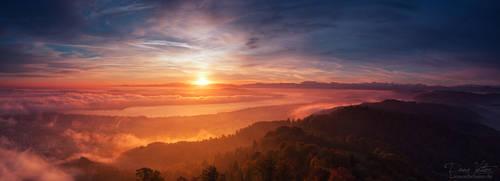 Autumn Sunrise over Zurich by LinsenSchuss
