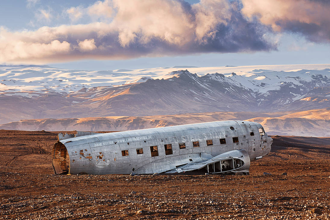 Iceland - Navy Plane Wreck