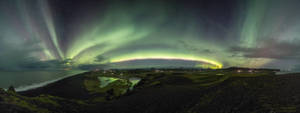 The green sky spectacle by LinsenSchuss