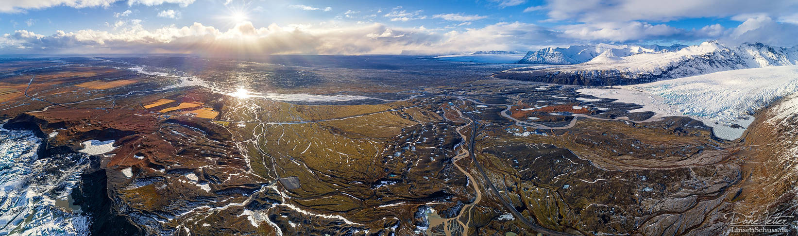 The rough structures of Iceland