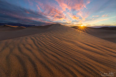 The dunes of Mesquite Flat by LinsenSchuss