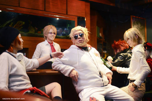 K Project - Relax at the Homra Bar