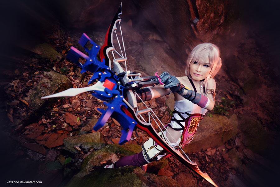 Final Fantasy XIII-2: Serah in Battle by vaxzone