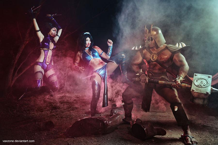 Mortal Kombat - Mileena vs Kitana vs Shao Kahn by vaxzone