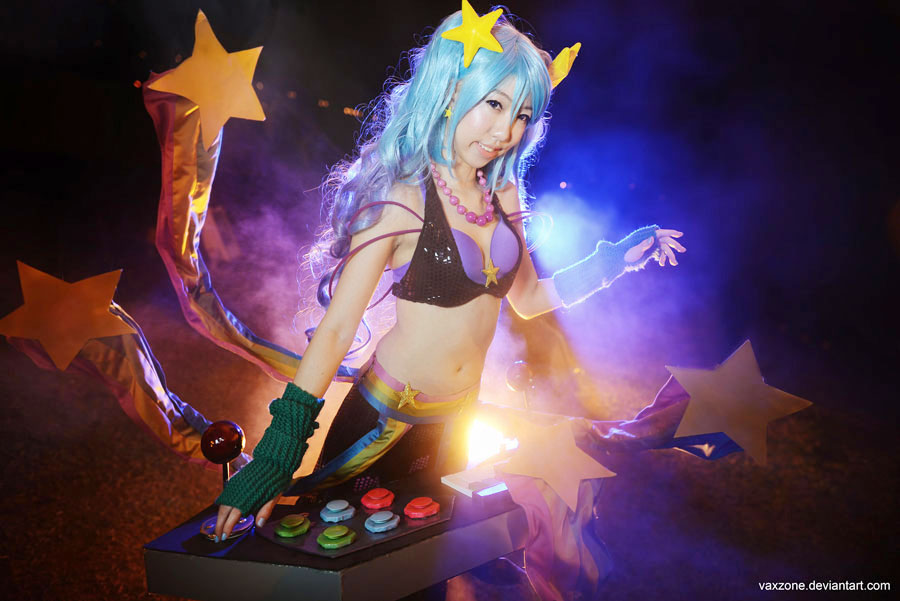 League of Legends - Arcade Sona 01 by vaxzone