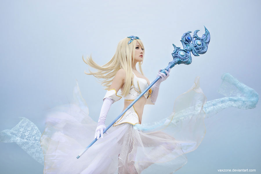 Janna - The storm approaches by vaxzone
