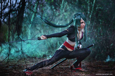 Vocaloid - Miku Knife 04 by vaxzone