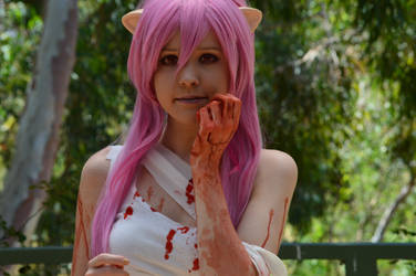 Elfen Lied Lucy cosplay