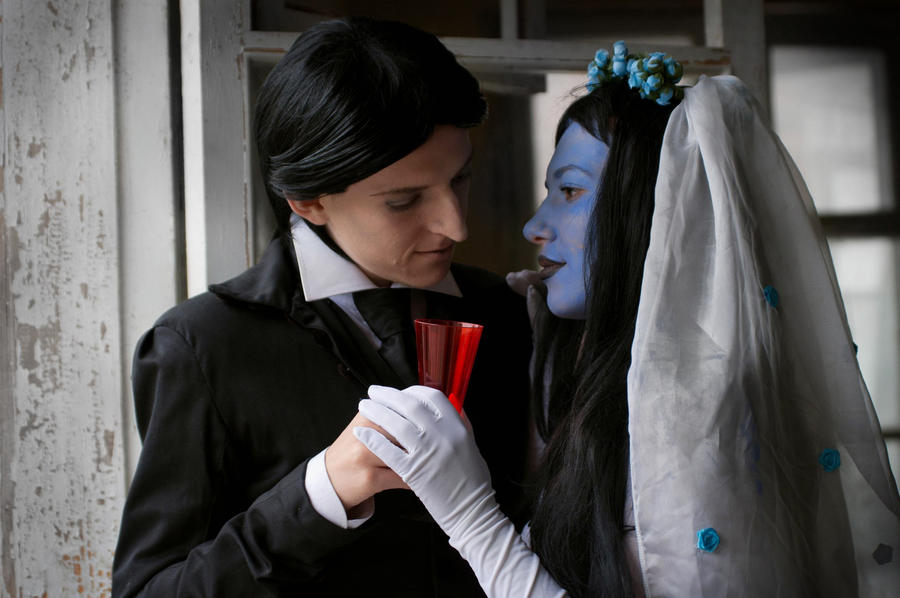the corpse bride analysis Does corpse bride have a happy ending i know you were brought in late on tim burton's corpse bride and from what i gather, weren't responsible for much of the story, but i'm curious about your thoughts on one particular story element.