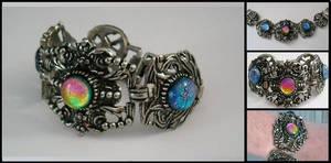 Victorian Bracelet with Twist