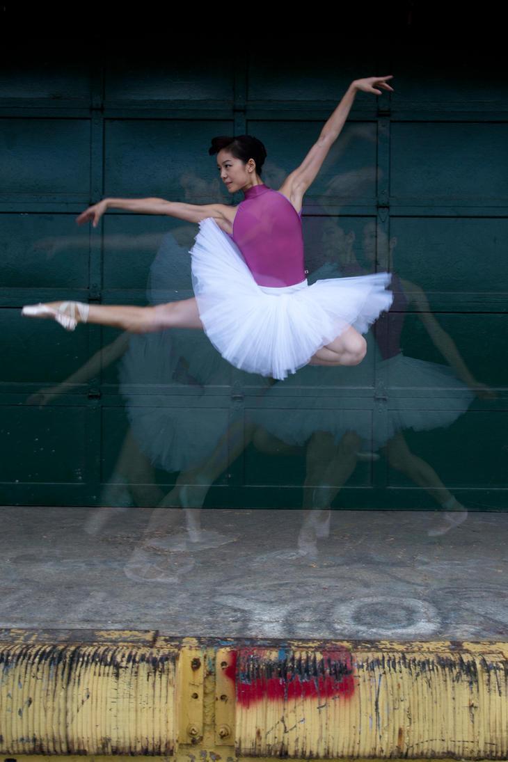 Sirui liu (jump) by TWPhotos