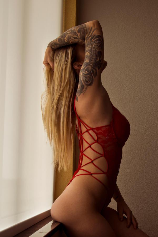 Alicia 5688 by TWPhotos