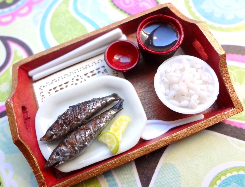 Grilled Pike Fish Tray by WaterGleam