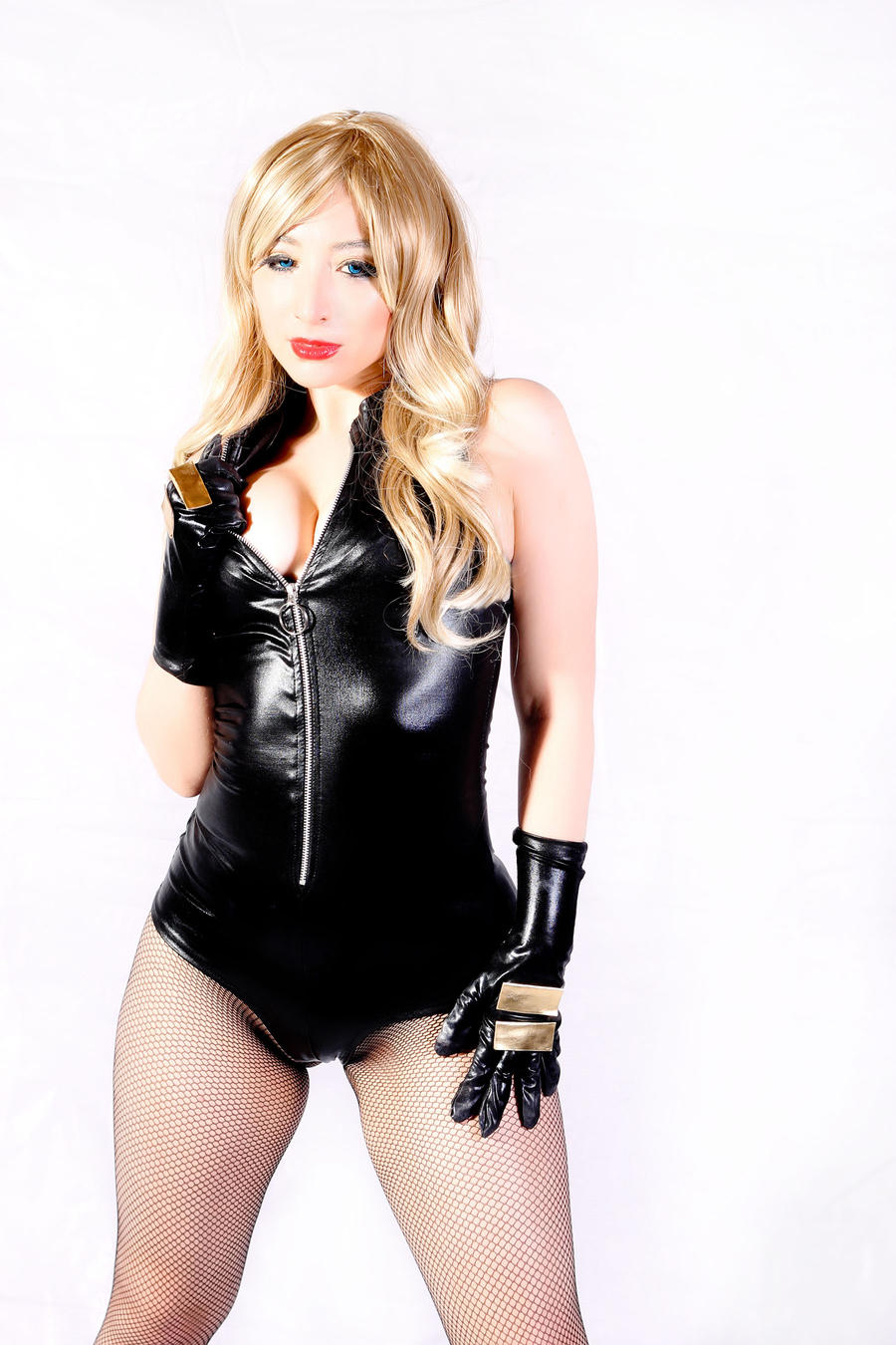 Sexy Canary (Black Canary cosplay) by Kitty-Honey